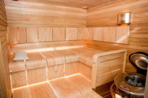 Stačí přijít na to jak se správně saunovat a z vaší domácí sauny se stane zdravotní sestra.