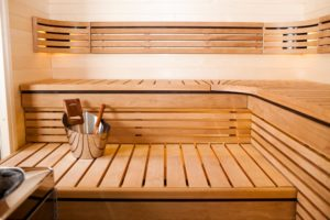 I takto může vypadat vaše svépomocí postavena sauna. Výsledný pocit po práci a první pohled na vaši novou saunu je k nezaplacení.